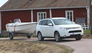 Liikenteessä kuljettaja vastaa ajoneuvoyhdistelmänsä turvallisuudesta. Kuva: Timo Muilu/Liikenneturva