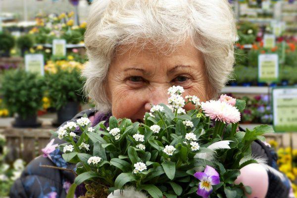Hyvinvointia muuhun arkeen - ikäihmiset