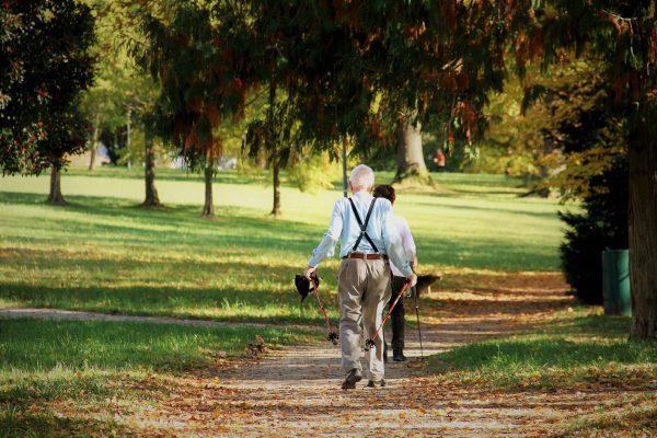 Liikkuminen - ikäihmiset