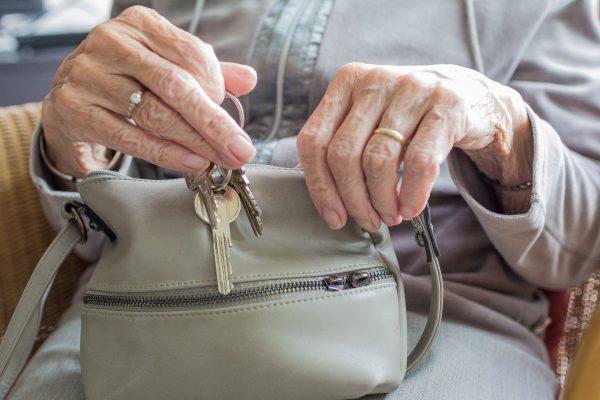 Terveysneuvonta ja -ohjaus - ikäihmiset